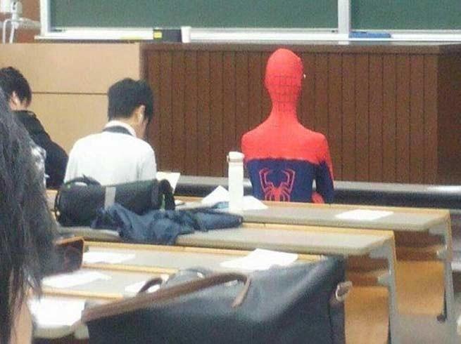 A scuola con l'uomo ragno