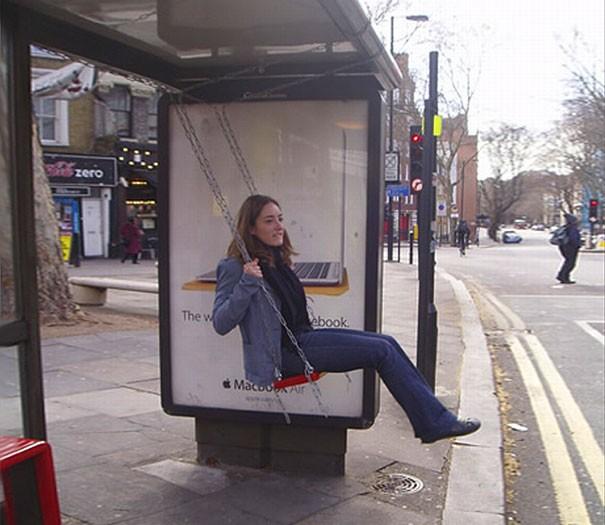Divertirsi aspettando il bus
