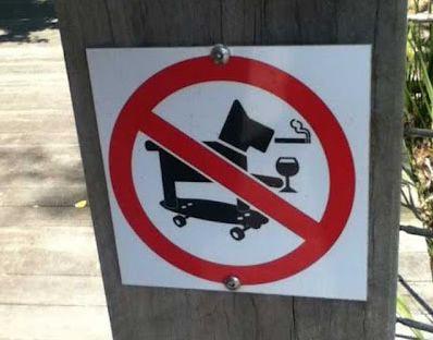 Non sono ammessi cani degenerati