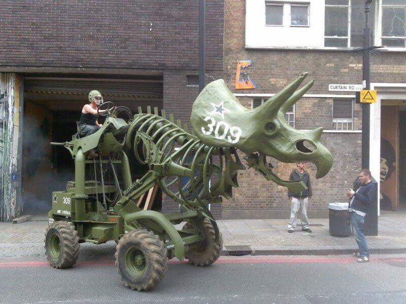 Scatenate i triceratopi!