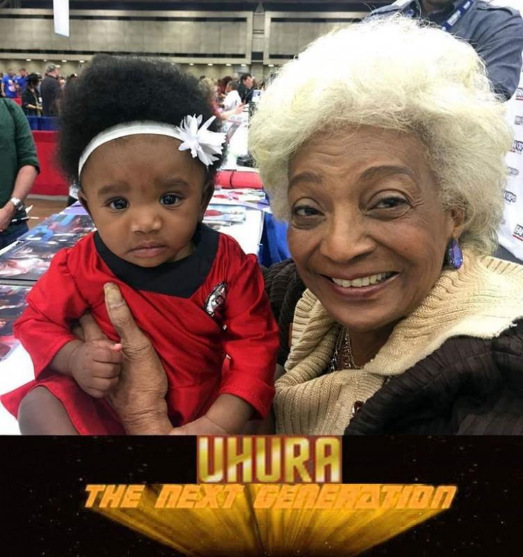 Uhura con la nuova generazione